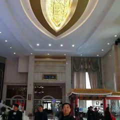 Dingtao Sports Center Square (East Gate) User Photo