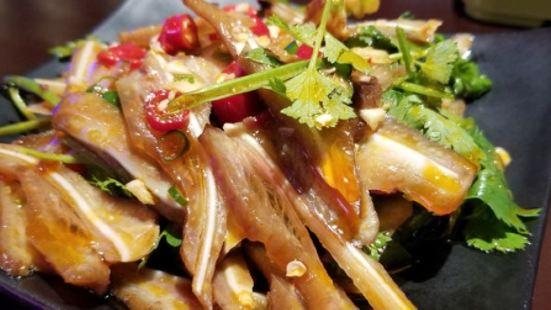 巴比酷肉蟹煲(金港國際店)