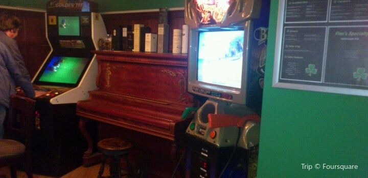Finns Irish Pub saskatoon1