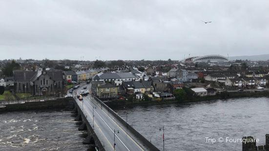 Thomond Bridge