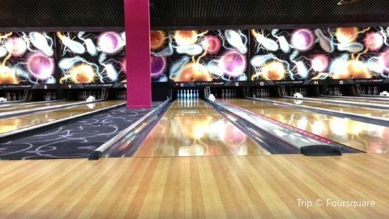 AK Bowling