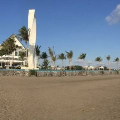 Vue Beach Club User Photo