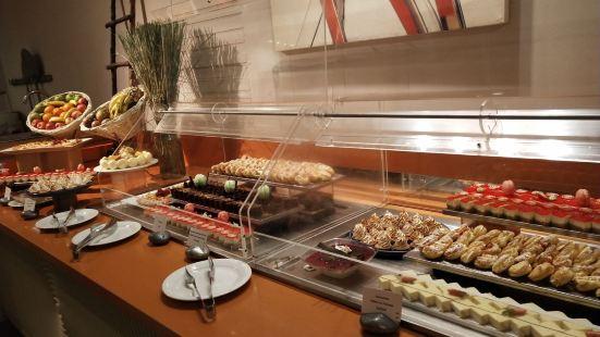 索菲特特色酒店主餐廳(自助餐廳店)