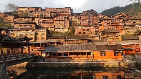 Qianhu Buyizhai