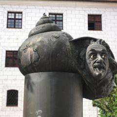 Fountaine Einstein User Photo
