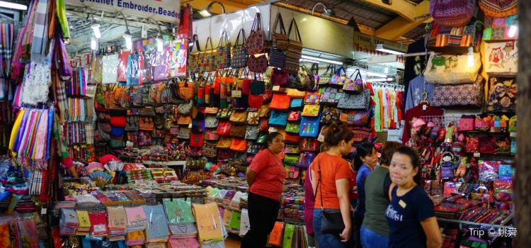 Ben Thanh Market3