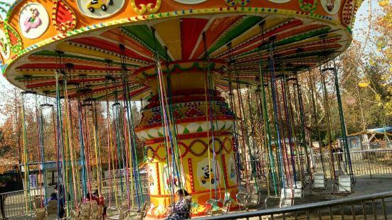 稻香遊樂園
