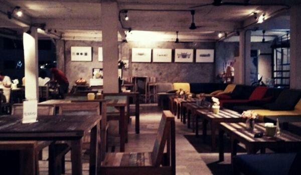 River Vibe Restaurant & Bar