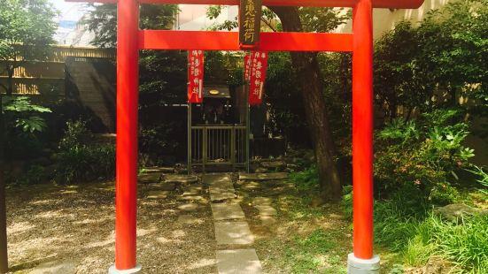 Tsumagoi Shrine