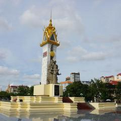 Cambodia-Vietnam Friendship Monument User Photo