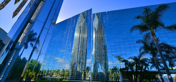 Los Angeles Chrystal Cathedral1