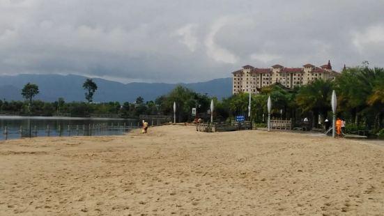 歡樂湖國際度假村
