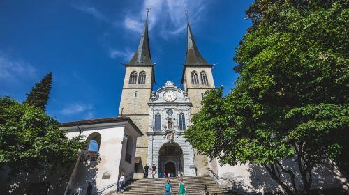 성 레오데가르 성당