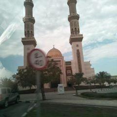 Capital Gate User Photo