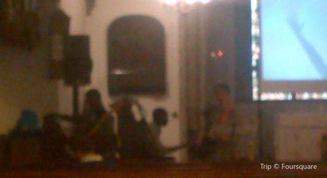Holy Trinity Church2