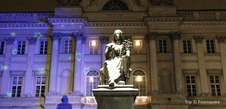 Pomnik Kopernika2