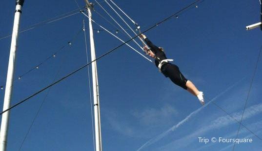 Trapeze School New York, Los Angeles