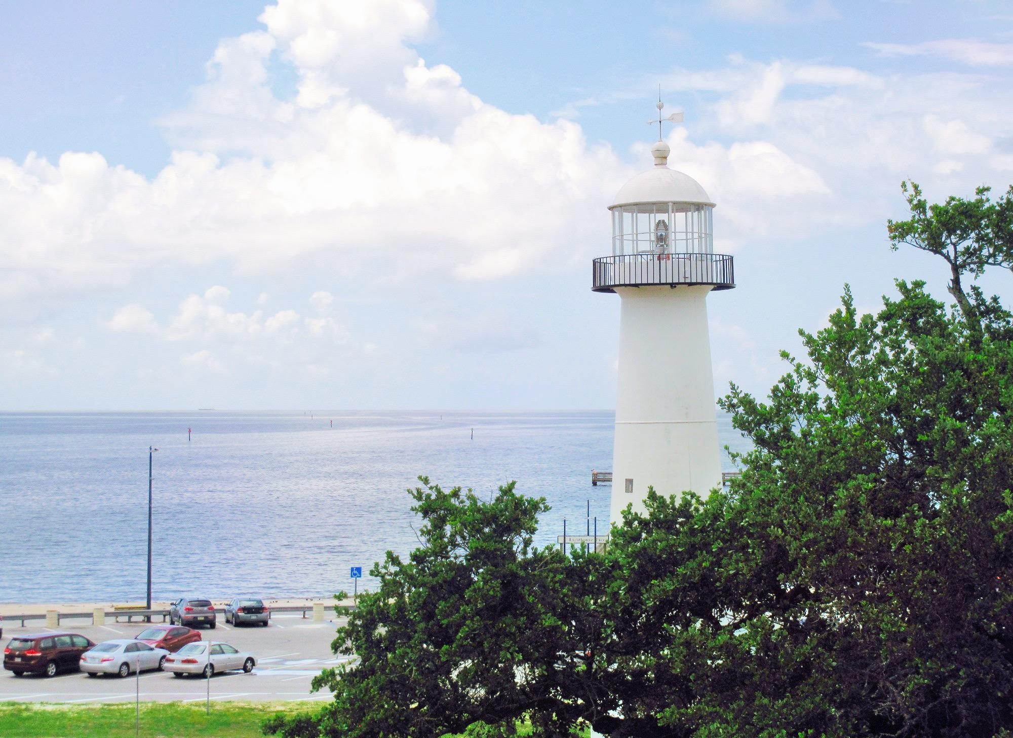 Biloxi Lighthouse Pier Travel Guidebook Must Visit Attractions In