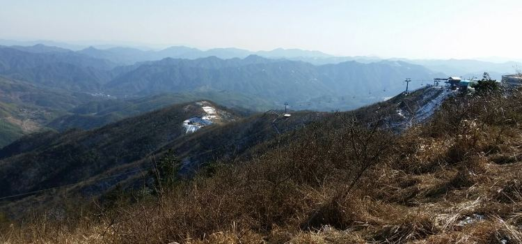 No. 1 Mountain of Eastern Zhejiang: Snow Mountain Happy Valley