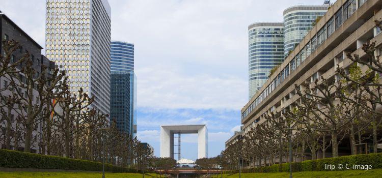 Grande Arche de la Défense1