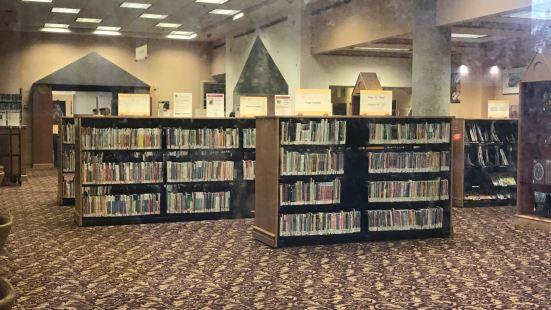 多倫多公共圖書館