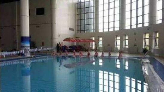 Jinxiu Xiangyun Hot Spring Swimming Pool