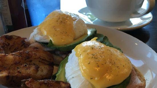 Yellow Dot Cafe