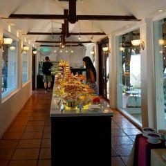 Dhara Dhevi Cake Shop User Photo