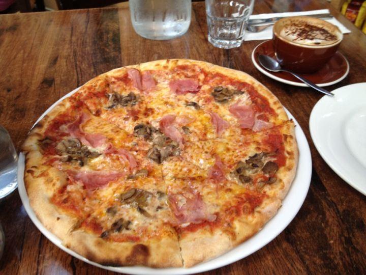 La Bella Italia Reviews Food Drinks In Lower Hutt Tripcom