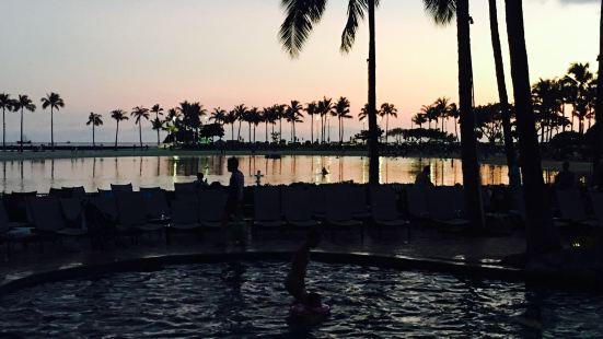 Duke Kahanamoku Lagoon