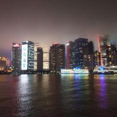 Huangpu River Dragon Boat Night Tour User Photo