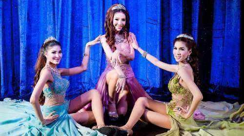 Aphrodite Cabaret Show2