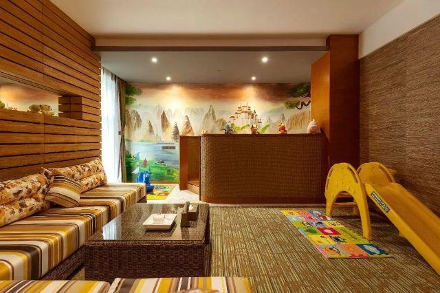 帶娃免費泡私湯+看恐龍+魚療SPA,這家親子酒店好嗨喲!統統免費送你!