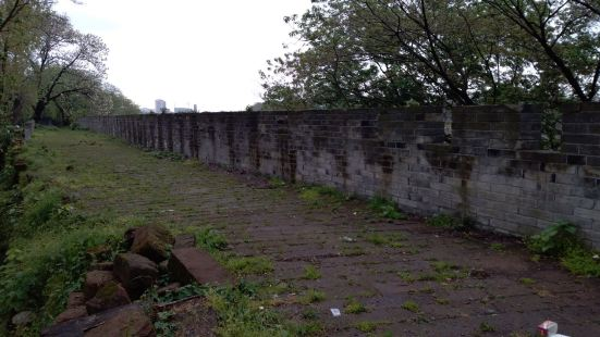通遠門古城牆