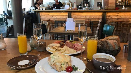 Rosi - Kaffeehaus und Bar