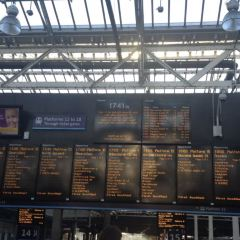 Edinburgh Waverley Station User Photo