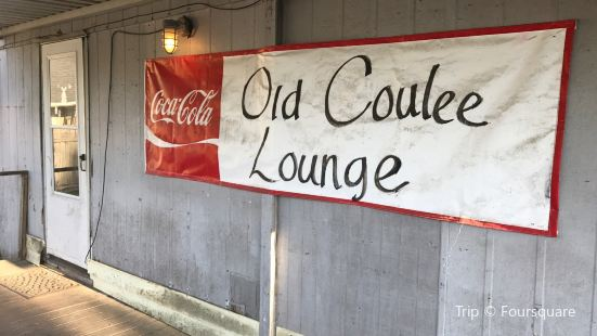 Old Coulee Lounge