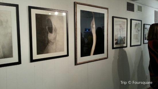 Robert Klein Gallery
