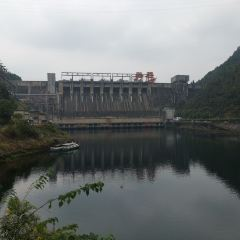 신안강 수력발전소 여행 사진