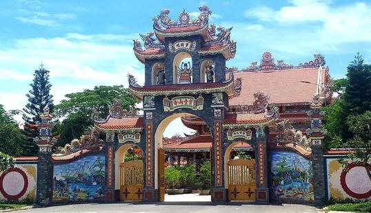 Chua Buu Dai Son