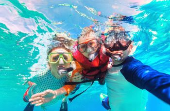 바닷속 깊은 세상 탐험