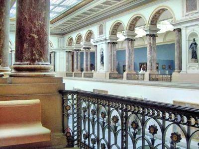 熱內·馬格利特博物館