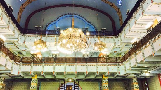 Kazinczy Street Synagogue