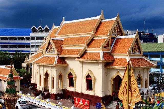 Wat Traimit Wittayaram