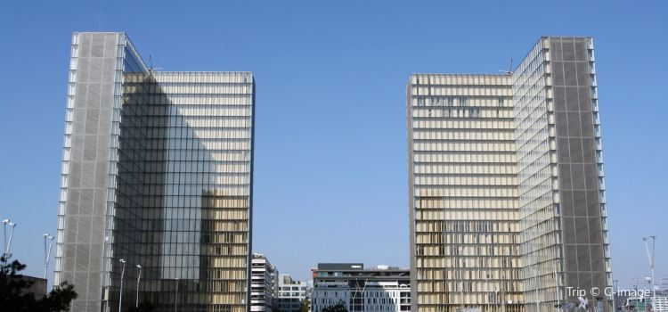 French National Library (Bibliotheque Nationale de France)2