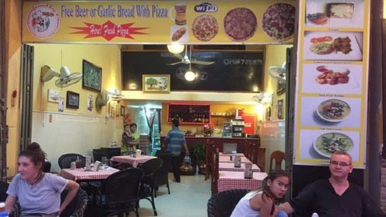 Amazing Happy Pizza Pub Restaulant