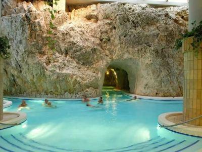 Miskolc-Tapolca cave bath