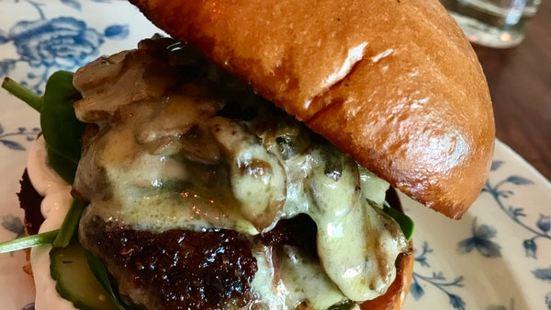 Boom Boom Burgers & Bar