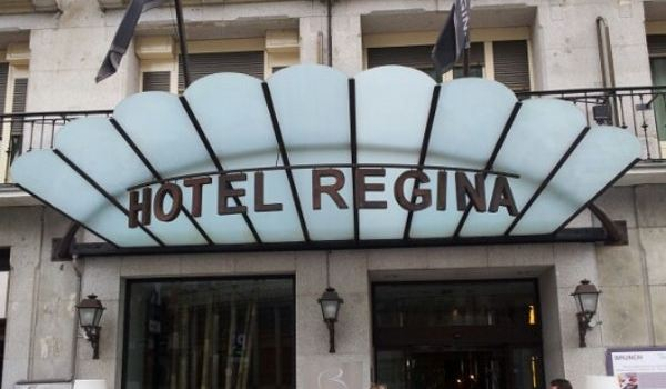 Hotel Regina Restaurant Travel Guidebook Must Visit