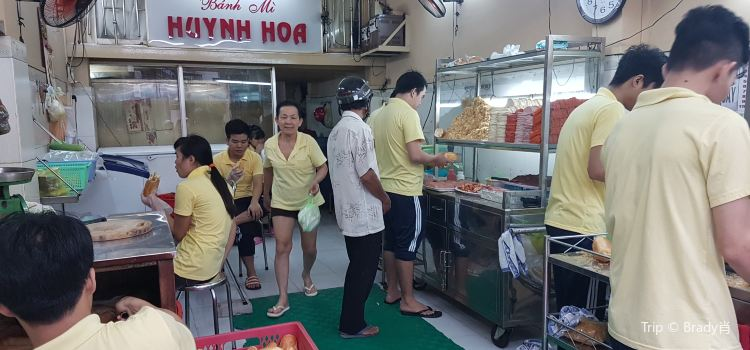Banh Mi Huynh Hoa3